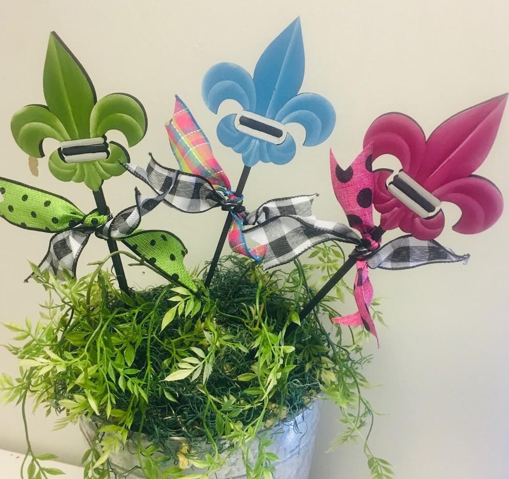 DIY Flower Pot Stakes