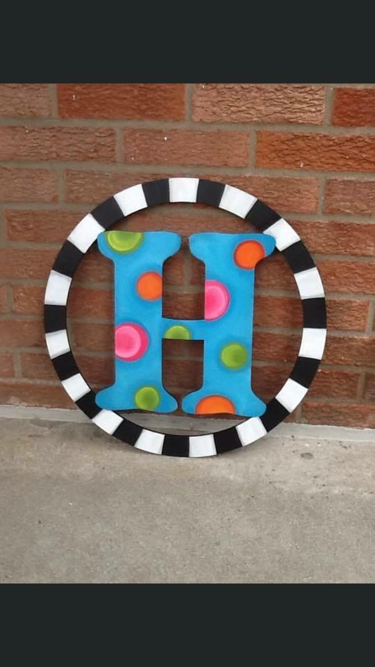 DIY Circle Letter Door Hanger Cutout