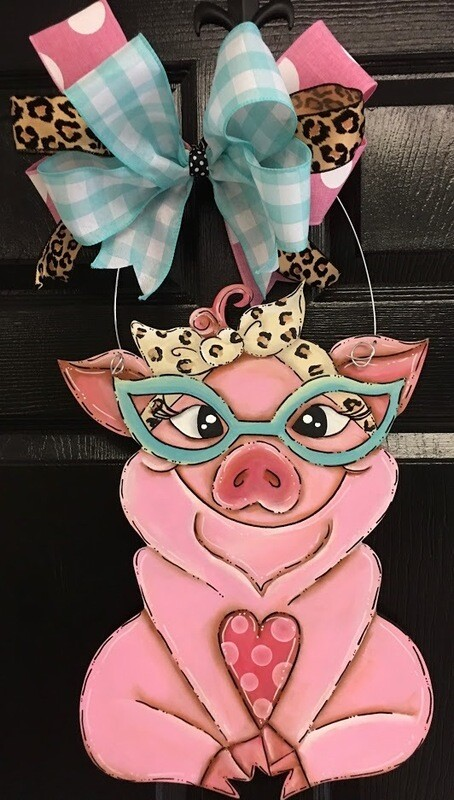 DIY Pig Door Hanger Cutout
