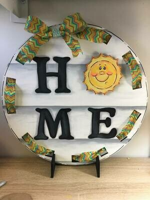 """DIY Interchangeable Circle """"Home"""" Stand"""