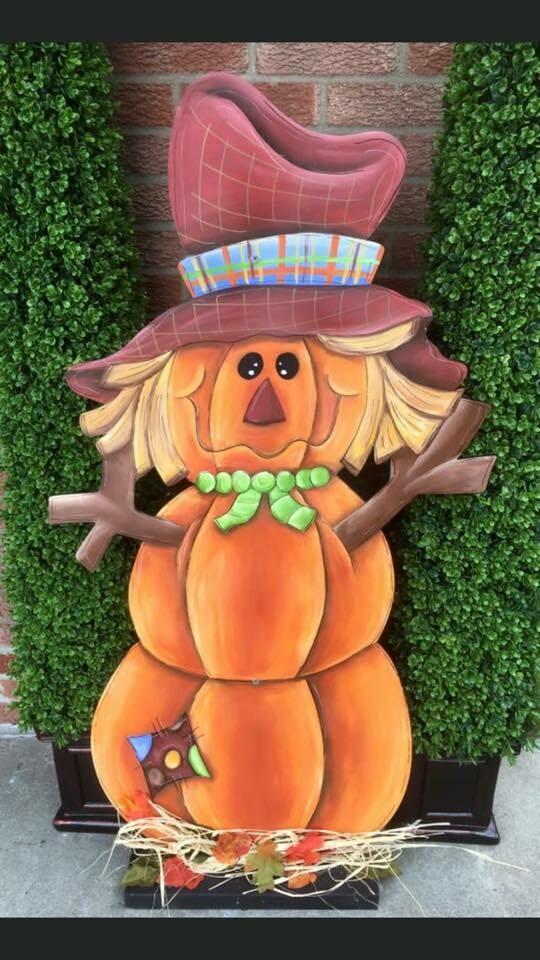 DIY Pumpkin Scarecrow Cutout