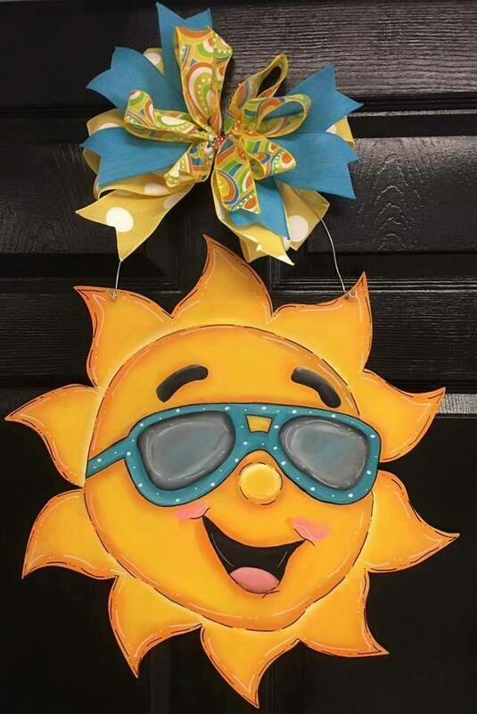 DIY Sun Door Hanger