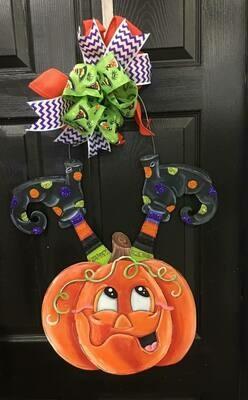 """DIY Pumpkin with Legs """"oh my"""" Door Hanger Cutout"""