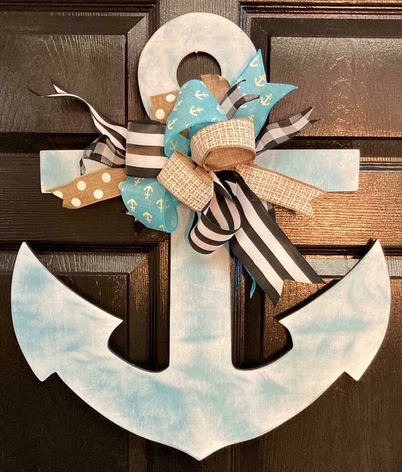Distressed Anchor Hanger