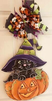 Pumpkin w/ Cat Door Hanger
