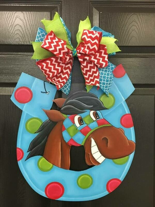 DIY Goofy Horse Shoe  Door Hanger