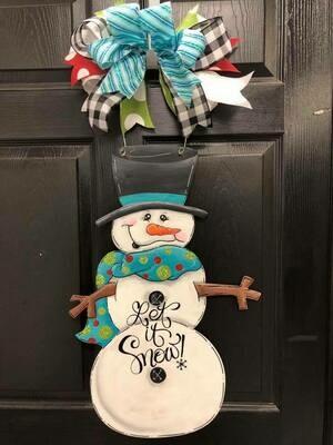 """Frosty """"let it snow"""" doorhanger"""