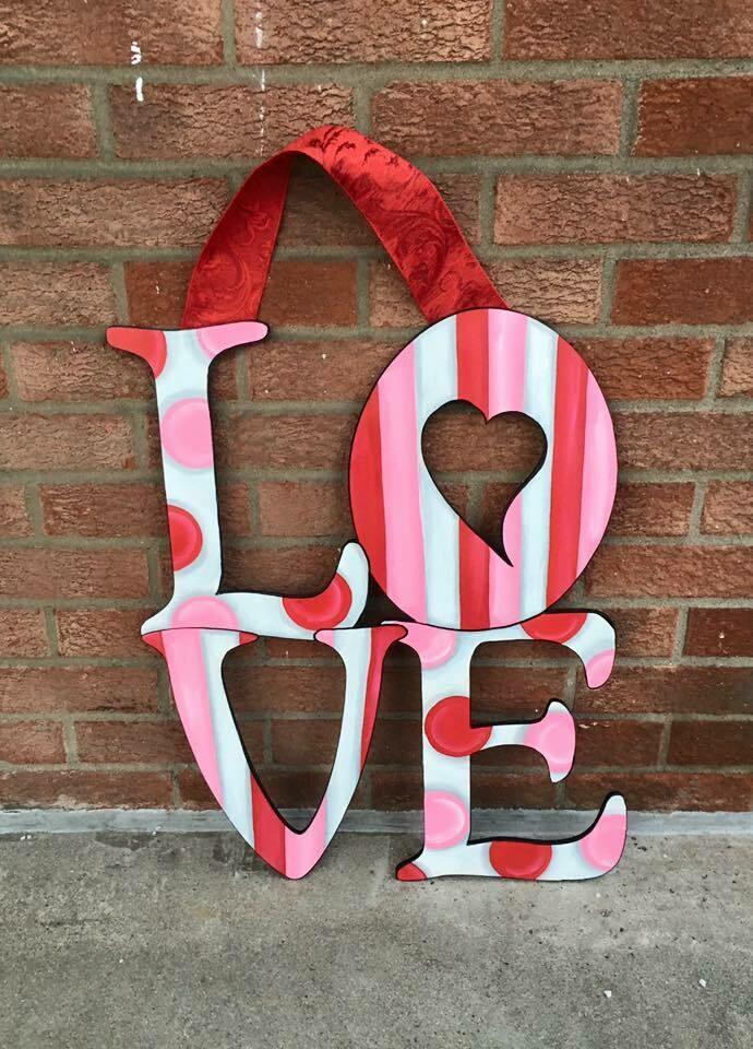 """DIY """"Love"""" Door Hanger"""