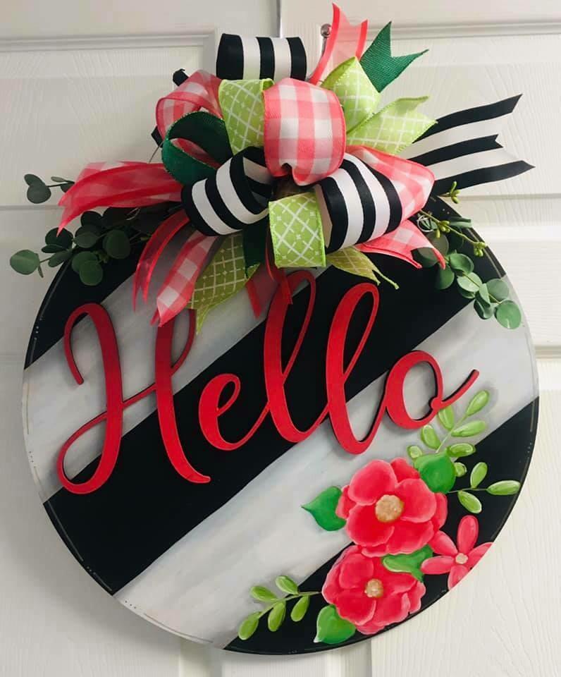Hello Circle Angled slats w/ Flowers