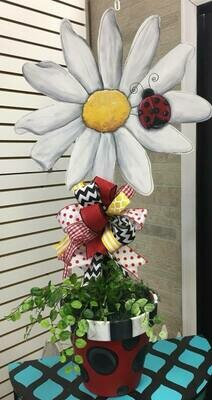 Daisy with ladybug Flower pot