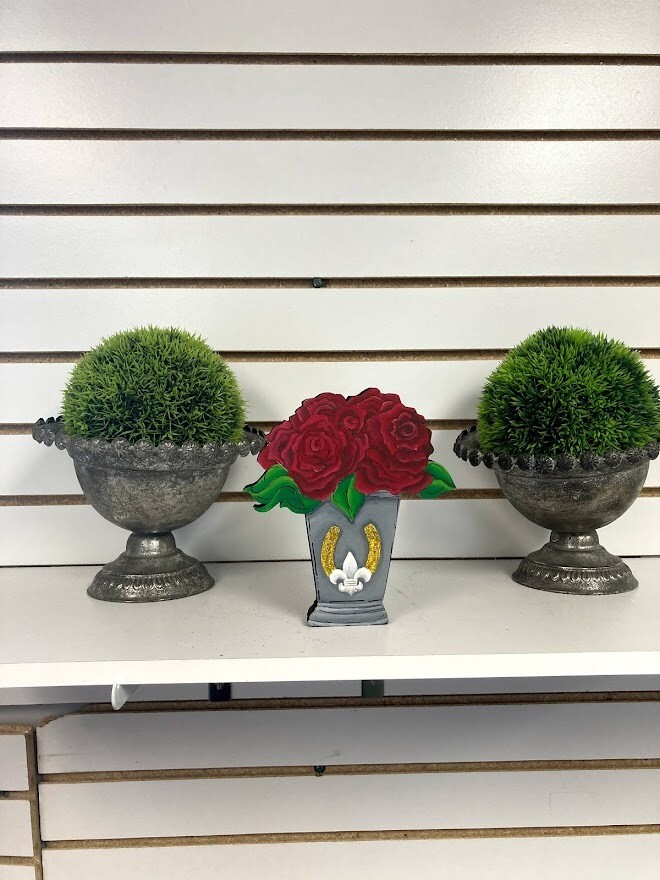Derby Roses Cup shelf sitter Insert Only