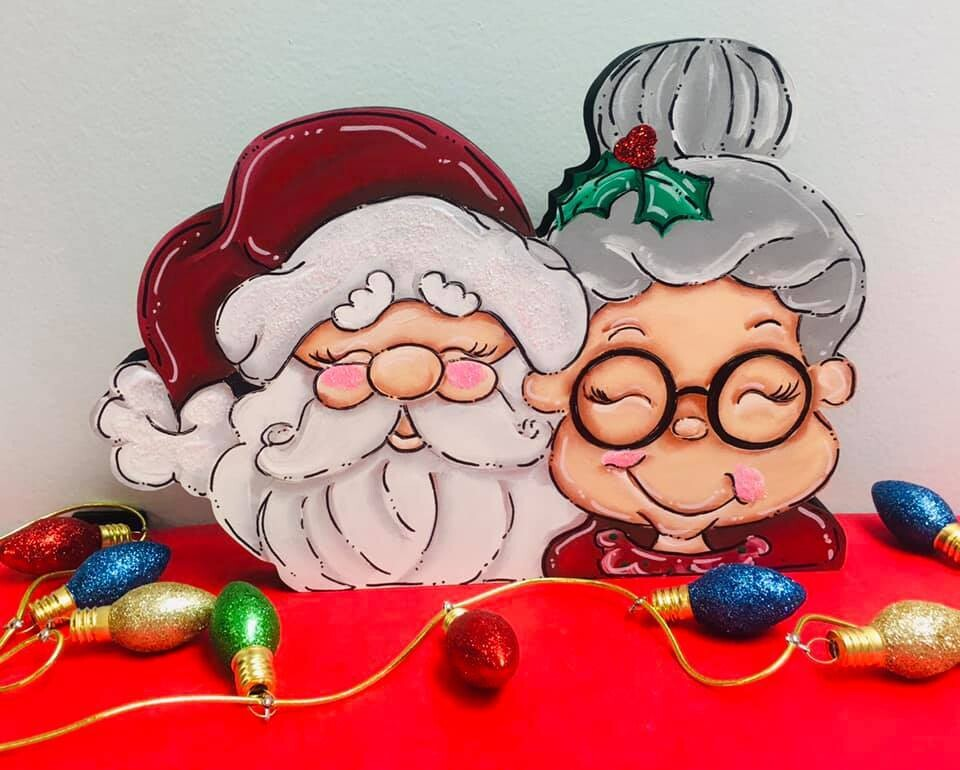 Mr. and Mrs. Claus sitter