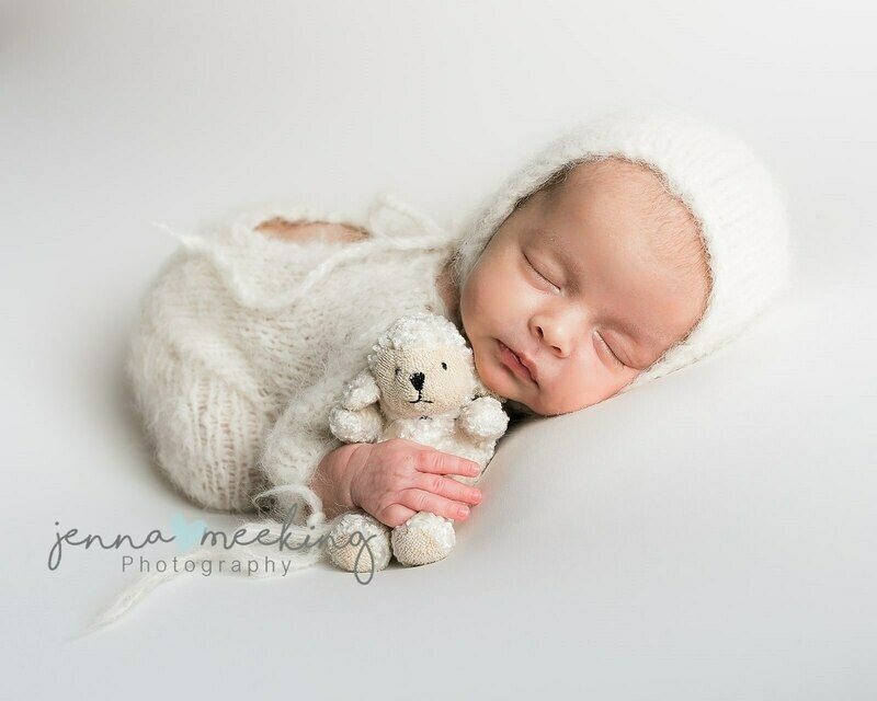 Mini Maternity & Newborn Photoshoot