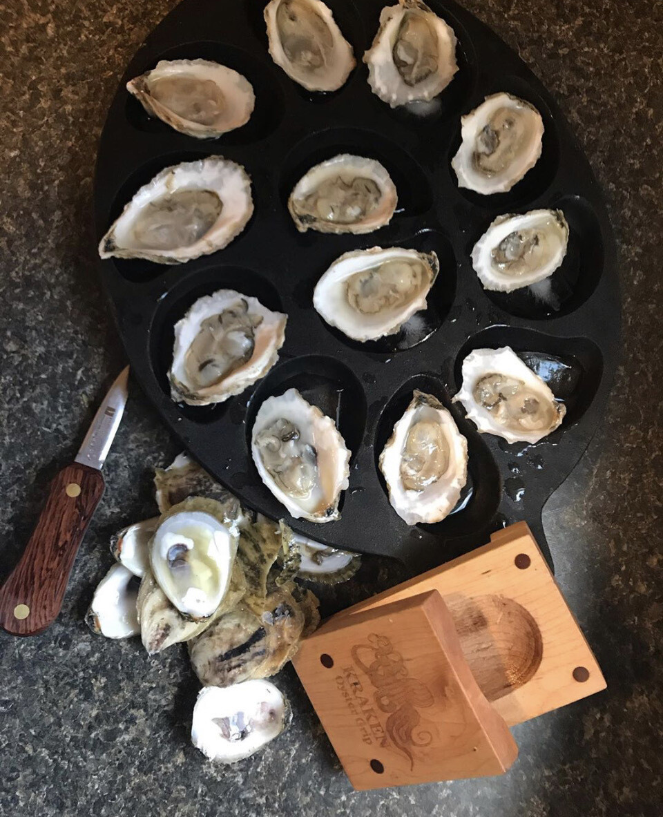Oyster Lovers Gift Package - 36 Oysters w/ a Knife and a Kraken
