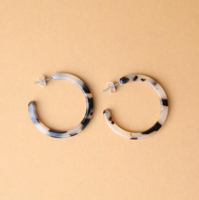 Tortoise Classic Hoop Earrings