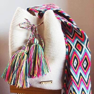 White Wayuu bag