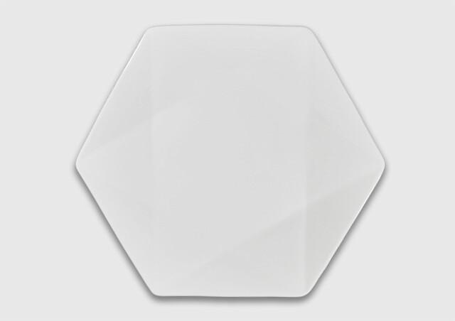 Тарелка шестиугольная 27 см.