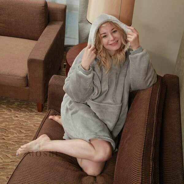 Blanket Hoodie Grey