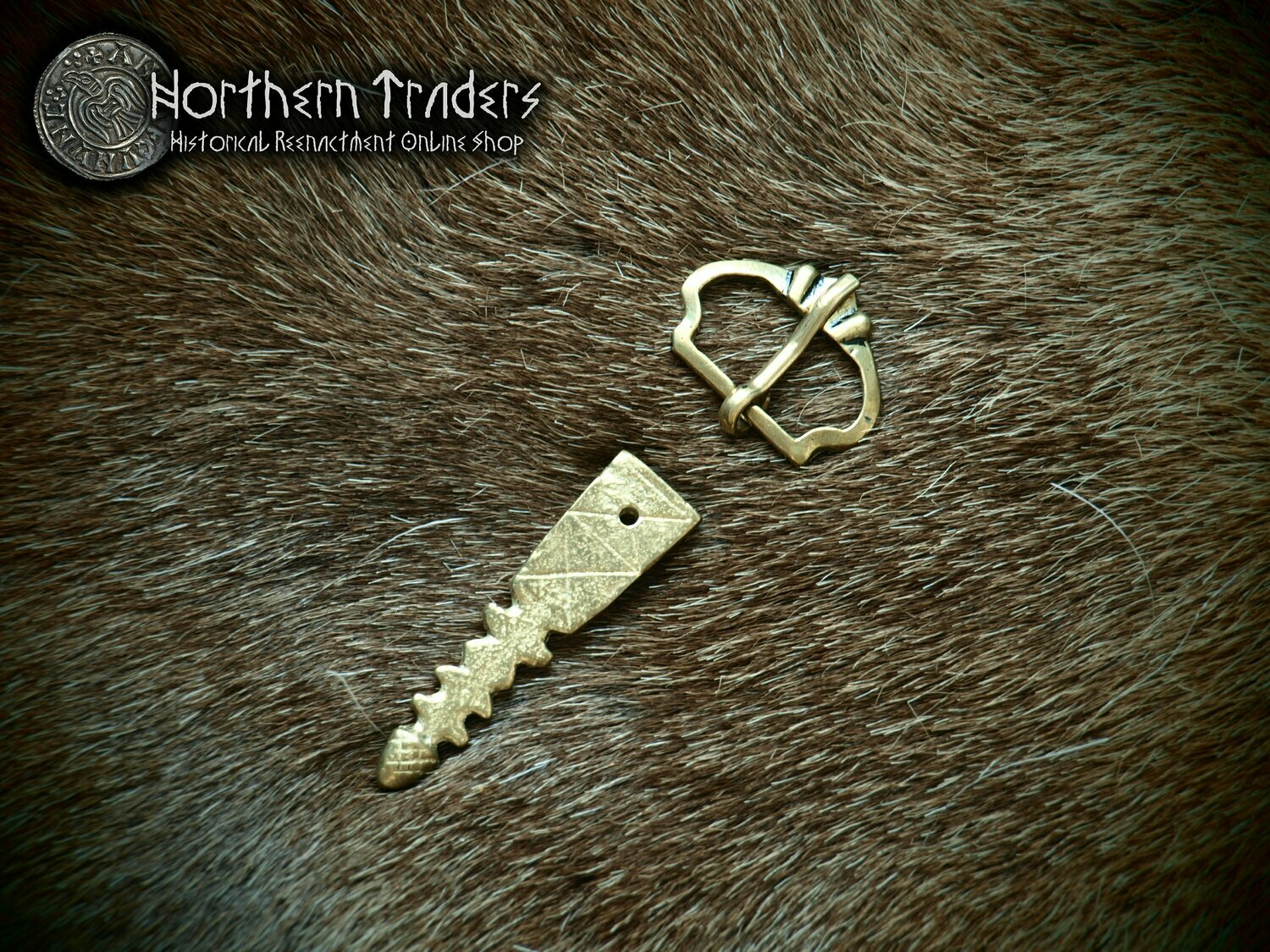Simple Medieval Buckle and Belt End with Acorn