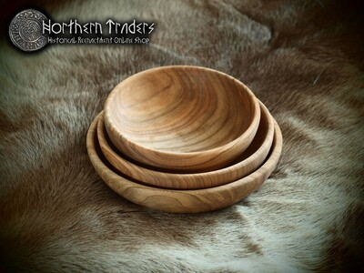 Set of 3 Medieval Wooden Bowls - Cherry