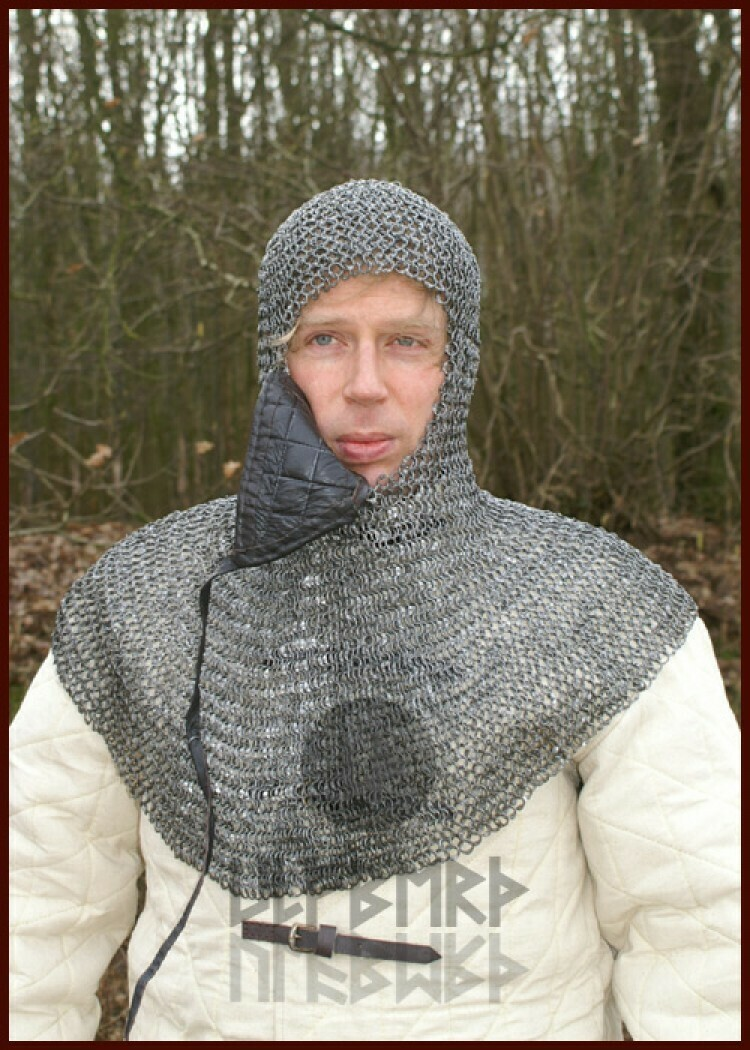 Chain mail coif with triangle ventail, ID8mm