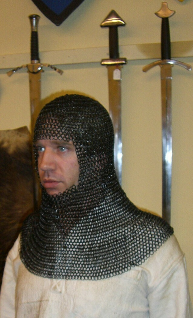 Chainmail coif full mantle square face, butted ID 8mm, blackened