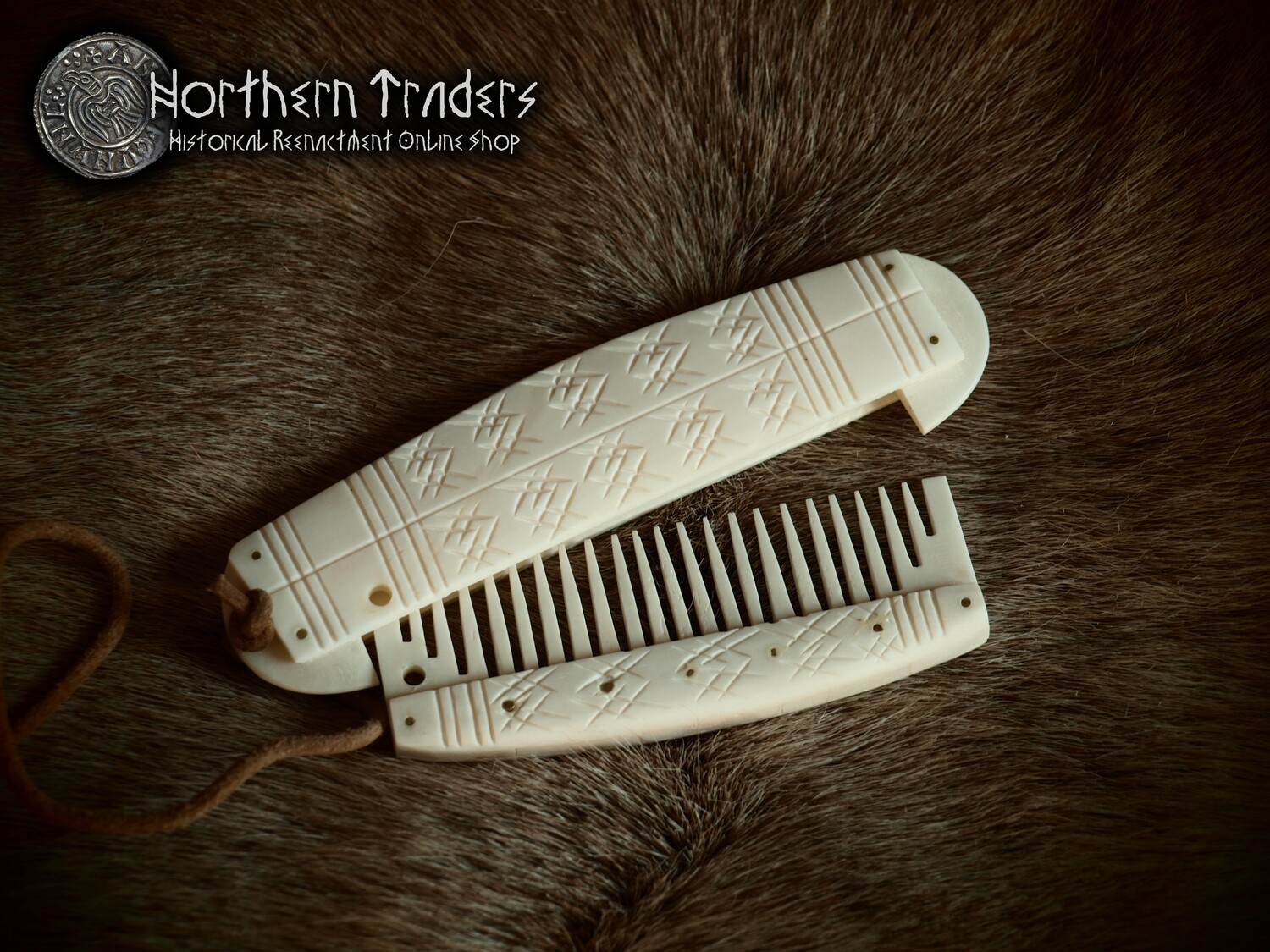 Viking Comb with Case