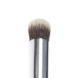 ID Oval Shadow Brush