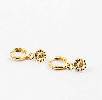 Gold Flower Huggies