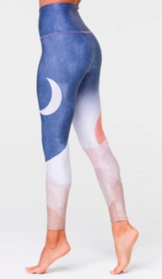 Graphic High-Rise Legging