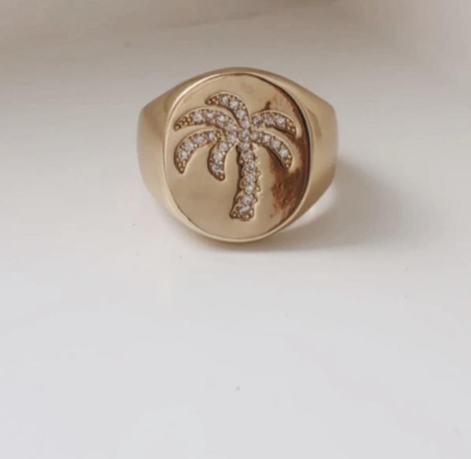 Palm Breezy Ring