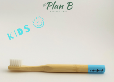 Cepillo de dientes Infantil de bambú - Azul