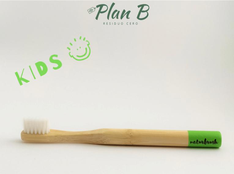 Cepillo de dientes Infantil de bambú - Verde