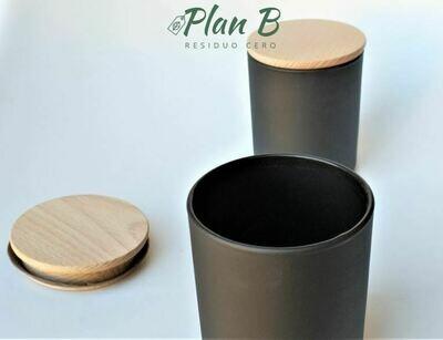 Vaso de Vidrio Negro Mate con Tapa de Madera