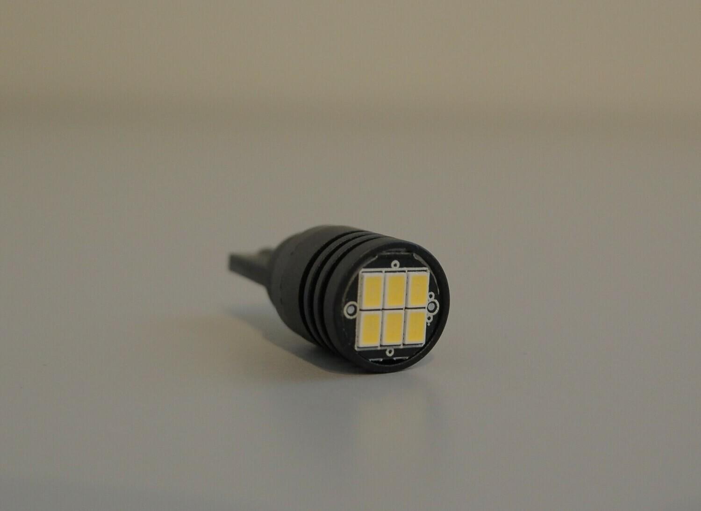 LED- Parkki/rekisterikilven polttimo 2 KPL CANBUS K6-T10