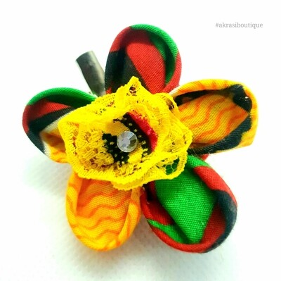Kanzashi style flower pin with gemstone in Kente print | flower hair clip | flower brooch | clothing accessories