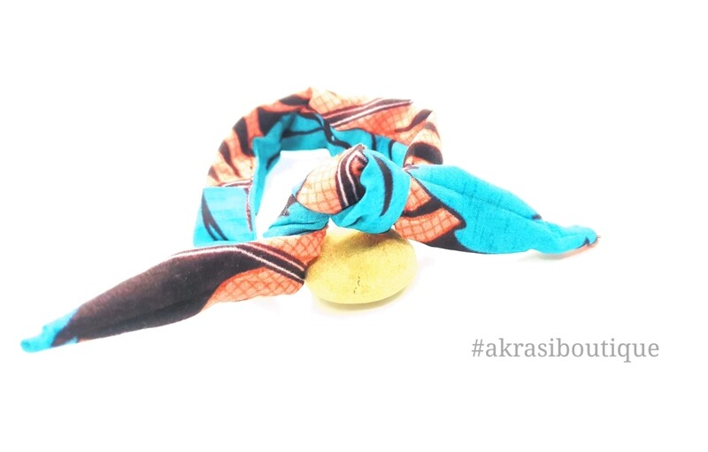 African print blue pink and brown handmade wire twist bun tie | African print bun wrap | Ankara print headtie | wire hair tie