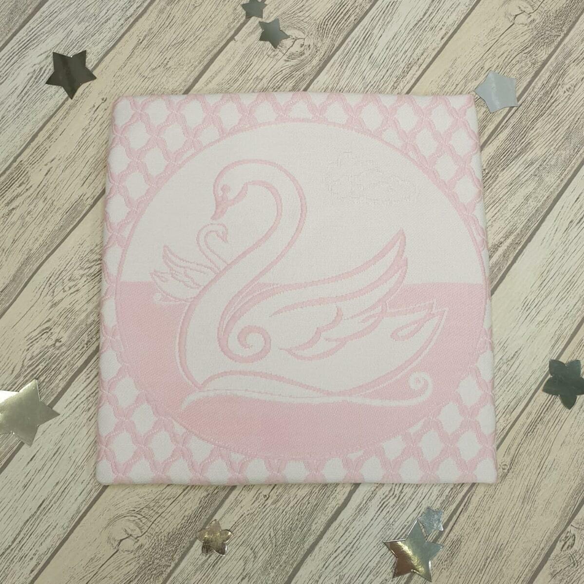 """Плед вязаный """"Нежность"""", розовый/лебедь, 85*85"""