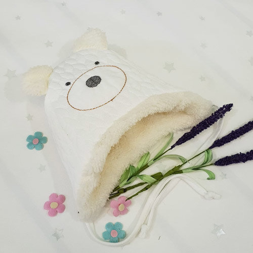 Шапочка утепленная с ушками, молочно-молочный