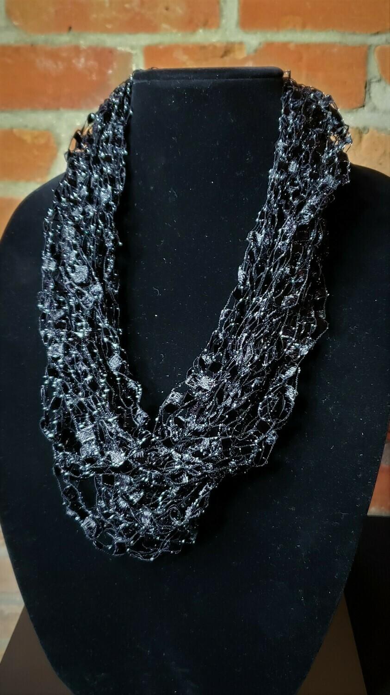Black Sparkle Ladder Yarn Necklace