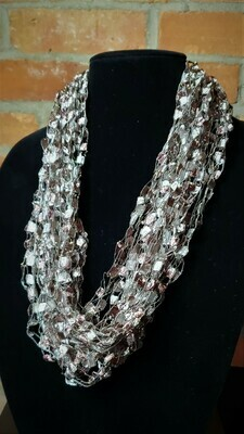 Rose Taupe Ladder Yarn Necklace