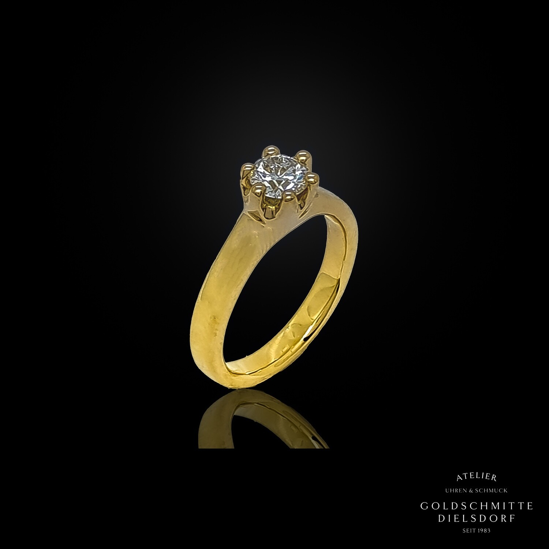 Solitär Ring mit 1 Brillant in Gelbgold 750