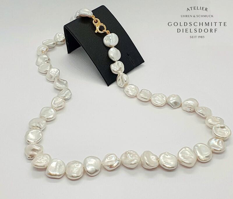 Perlencollier mit 40 Süsswasserperlen Keshi