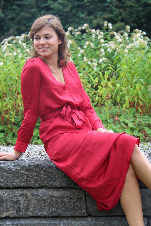 Semi-long dress