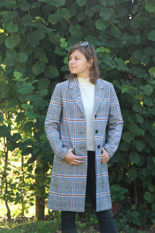 Checkered cloak