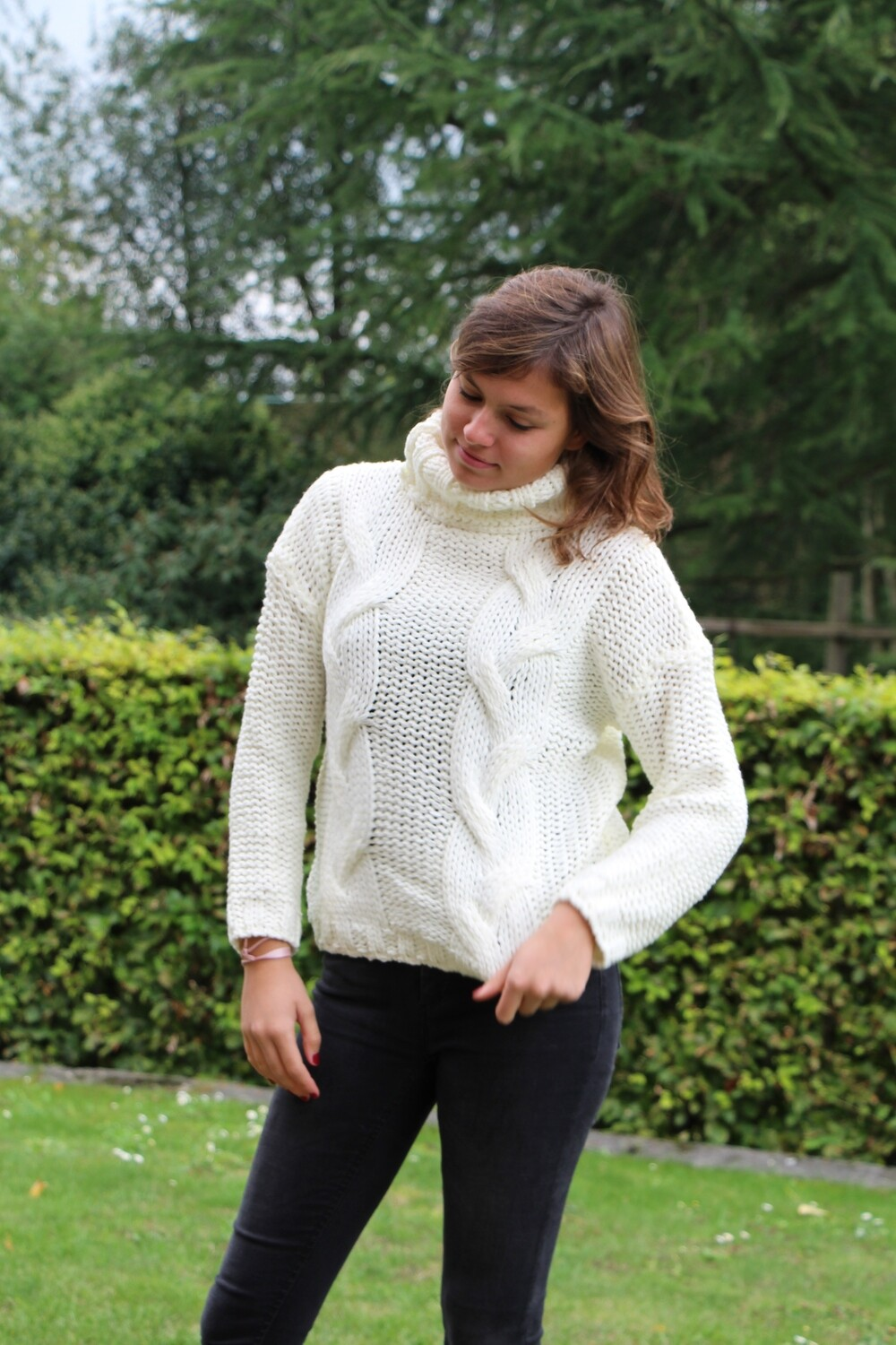 Knitted pull