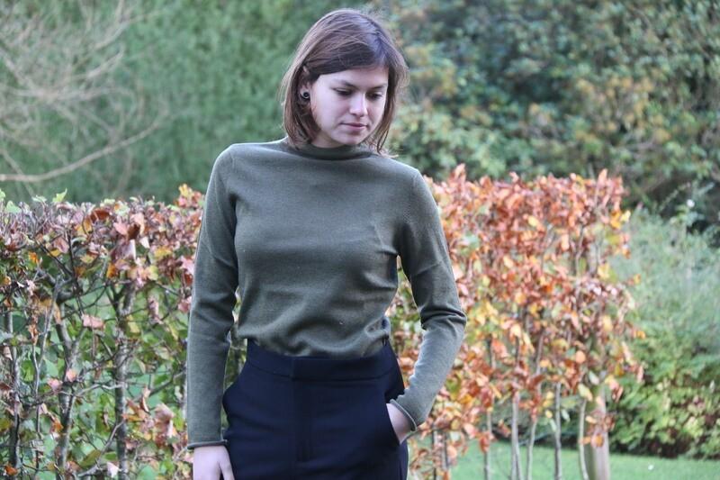 Sweater raw edge lurex Olive
