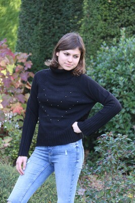 Black knitted jumper with studs