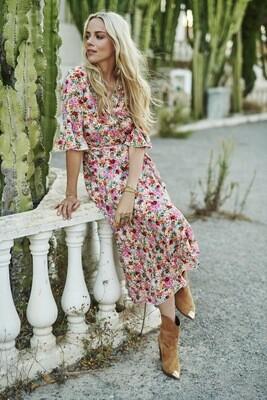 Dress wrap garder flower