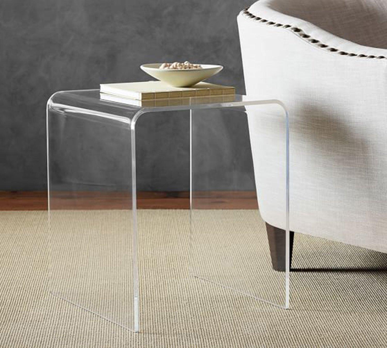 "Tavolino ""da caffé"" a ponte in plexiglass trasparente. L. 42,5 x P. 35 x H. 49,5. Spess. mm. 15"